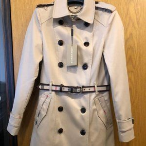 BURBERRY LONDON WOMEN TRENCH COAT SIZE SMALL